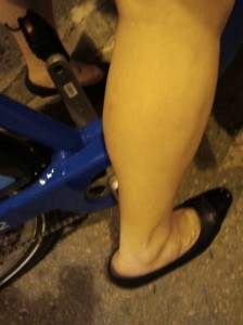 Riding a bike in heels is fine, especially with flat pedals.